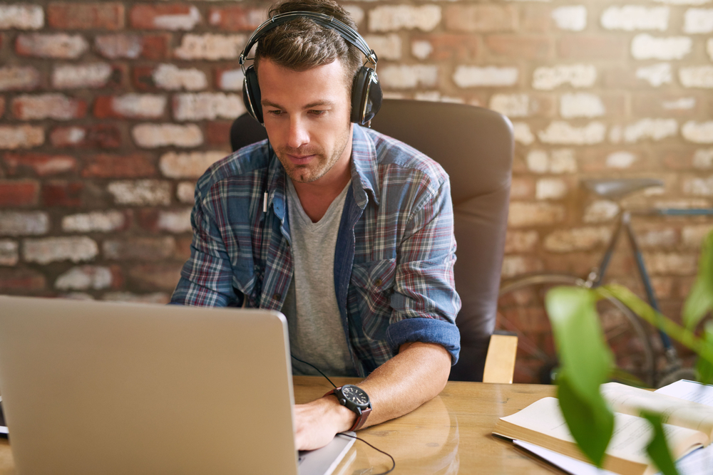 Should you listen to music at work?